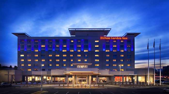 Welcome to the Hilton Garden Inn Denver Cherry Creek