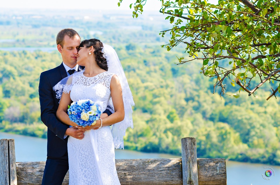 wedding-609105_960_720