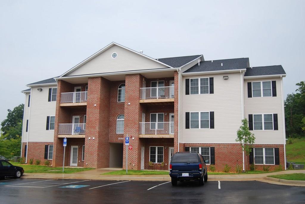 Cedar Hill Apartments exterior