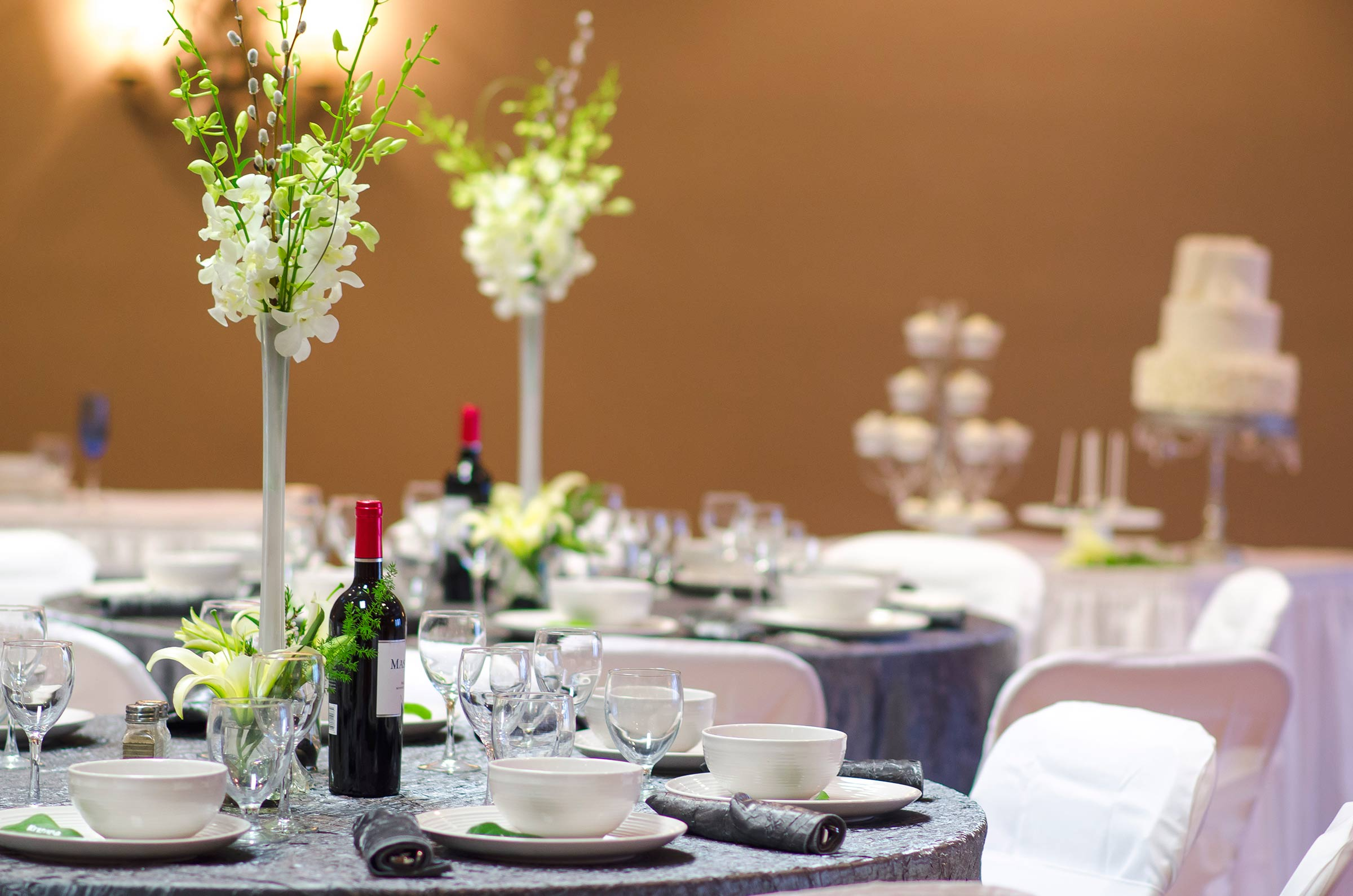 Wedding Table Setup with Centerpiece