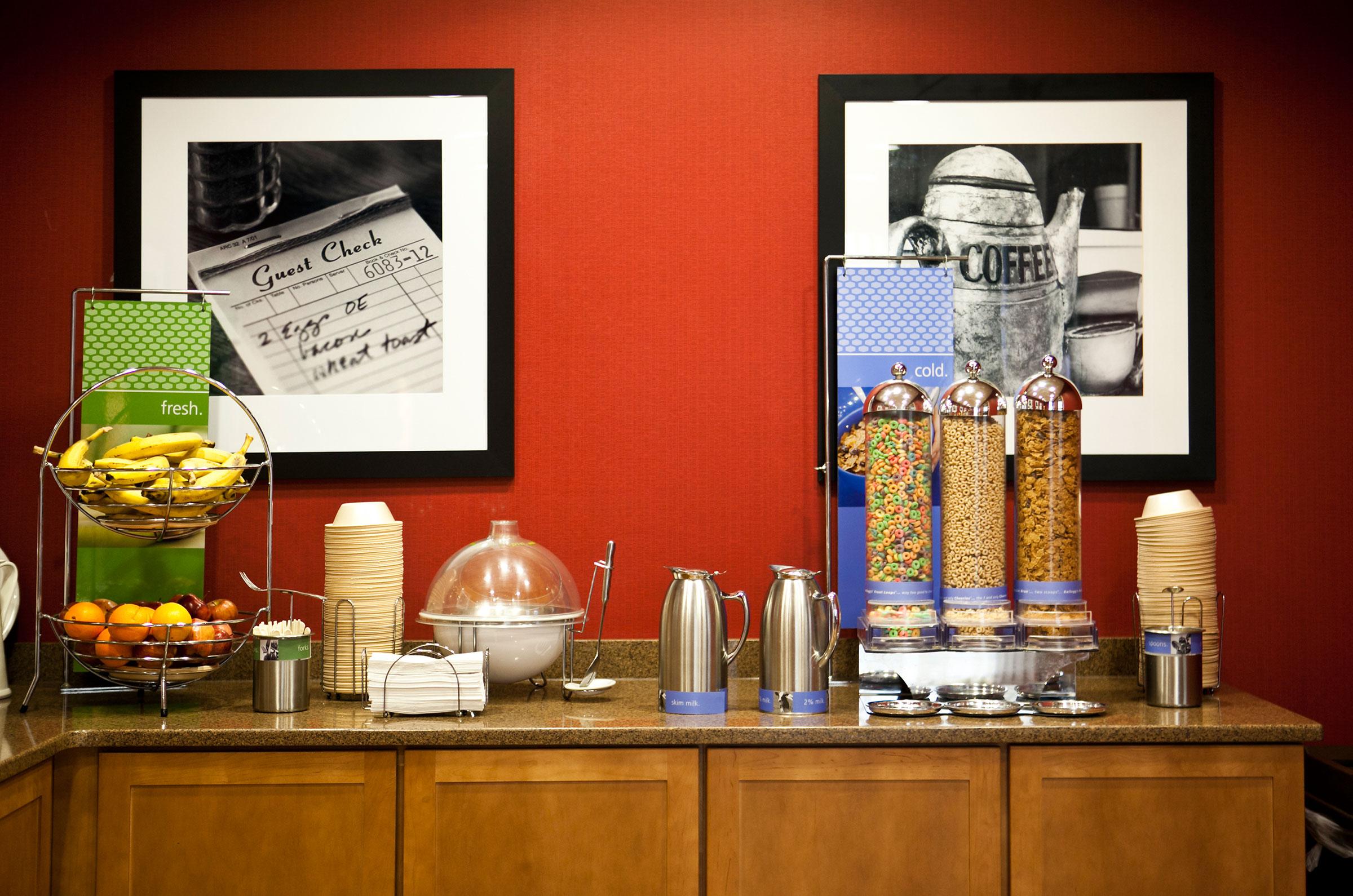 hotel continental breakfast