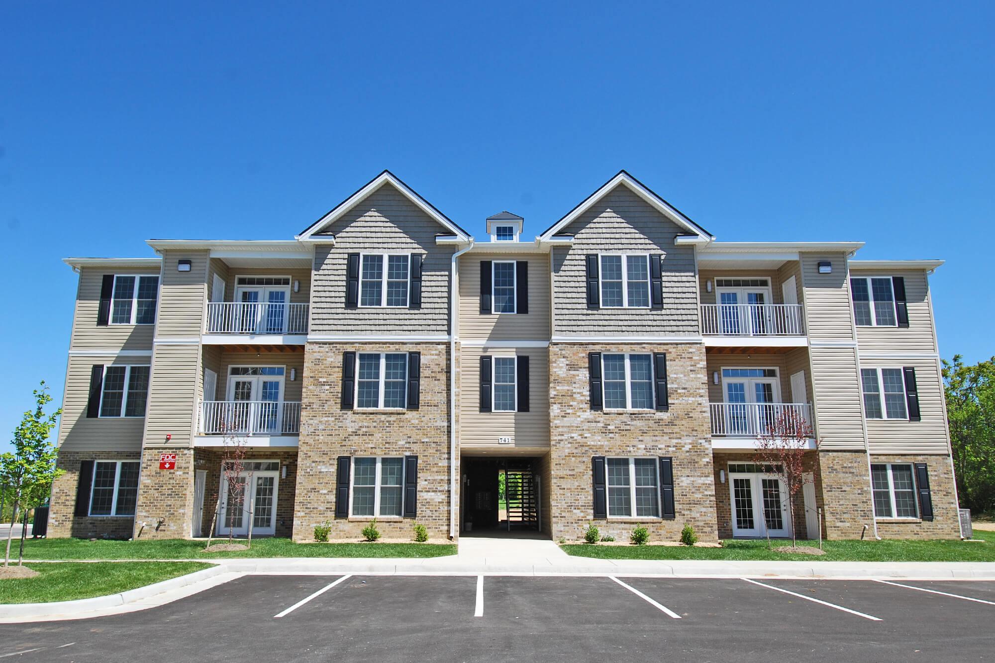 Contrail Park Apartments - Facade