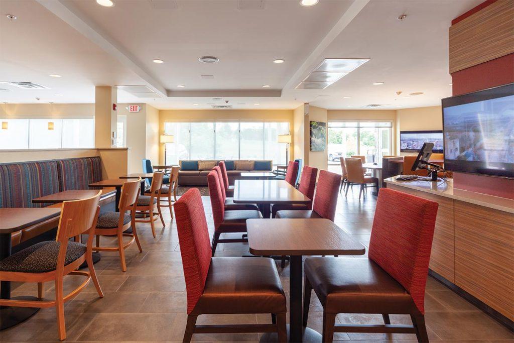 20190828 towne place suites front royal va 0118 HDR 1