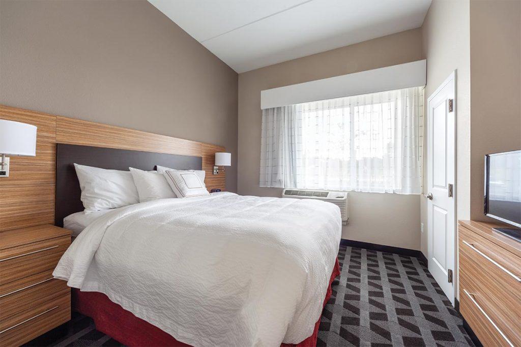 20190828 towne place suites front royal va 0222 HDR 1